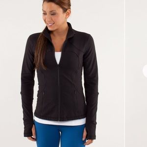 LULULEMON Shape Forme Jacket Size 6 Solid Black